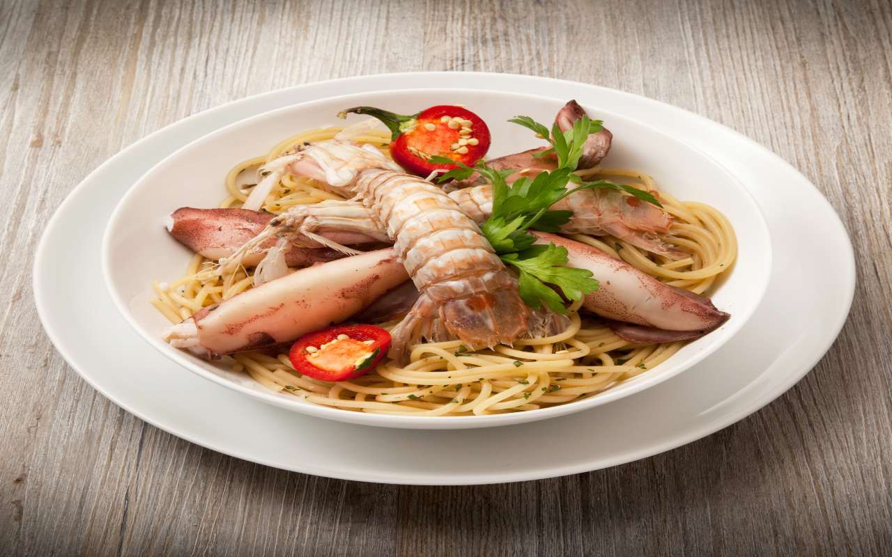 spaghetti cicale mare ricetta FOTO ricettasprint
