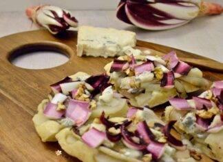 tartine radicchio gorgonzola ricetta FOTO ricettasprint