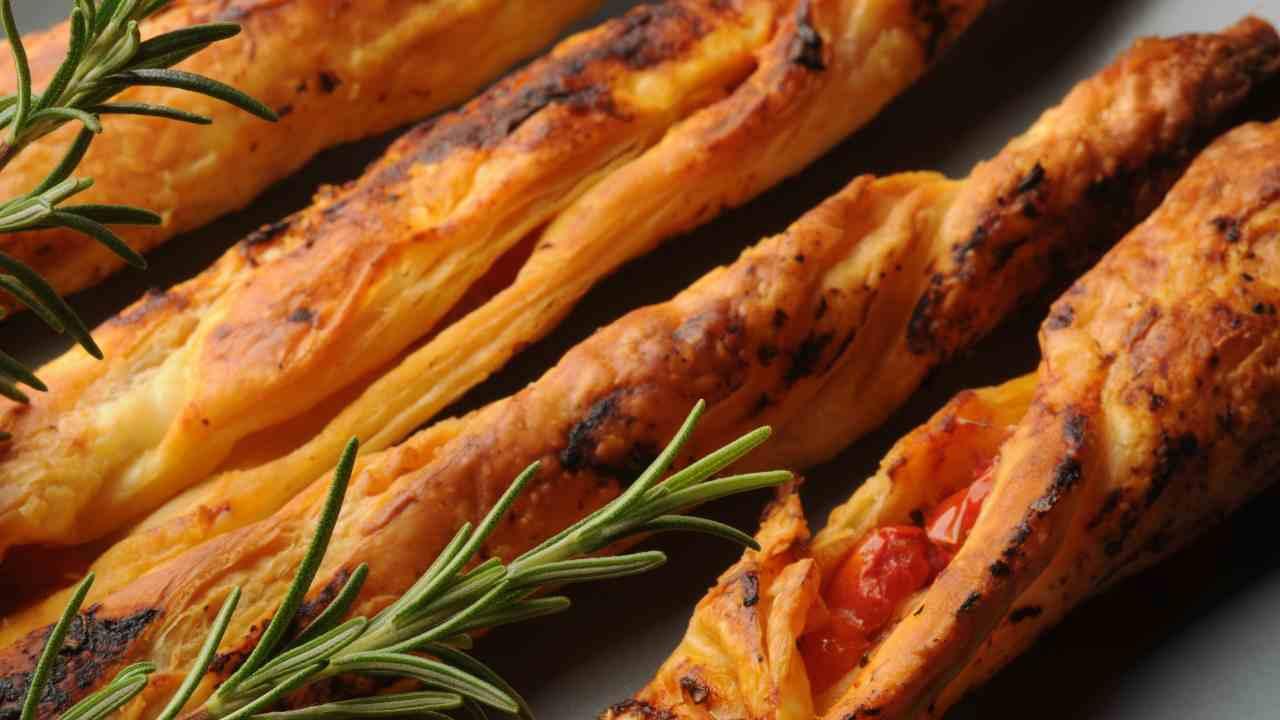 Ricetta Grissini Ripieni Con Pasta Sfoglia.Grissini Di Pasta Sfoglia Ripieni Velocissimiricetta Preparazione