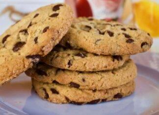 Biscottoni con gocce di cioccolato ricetta