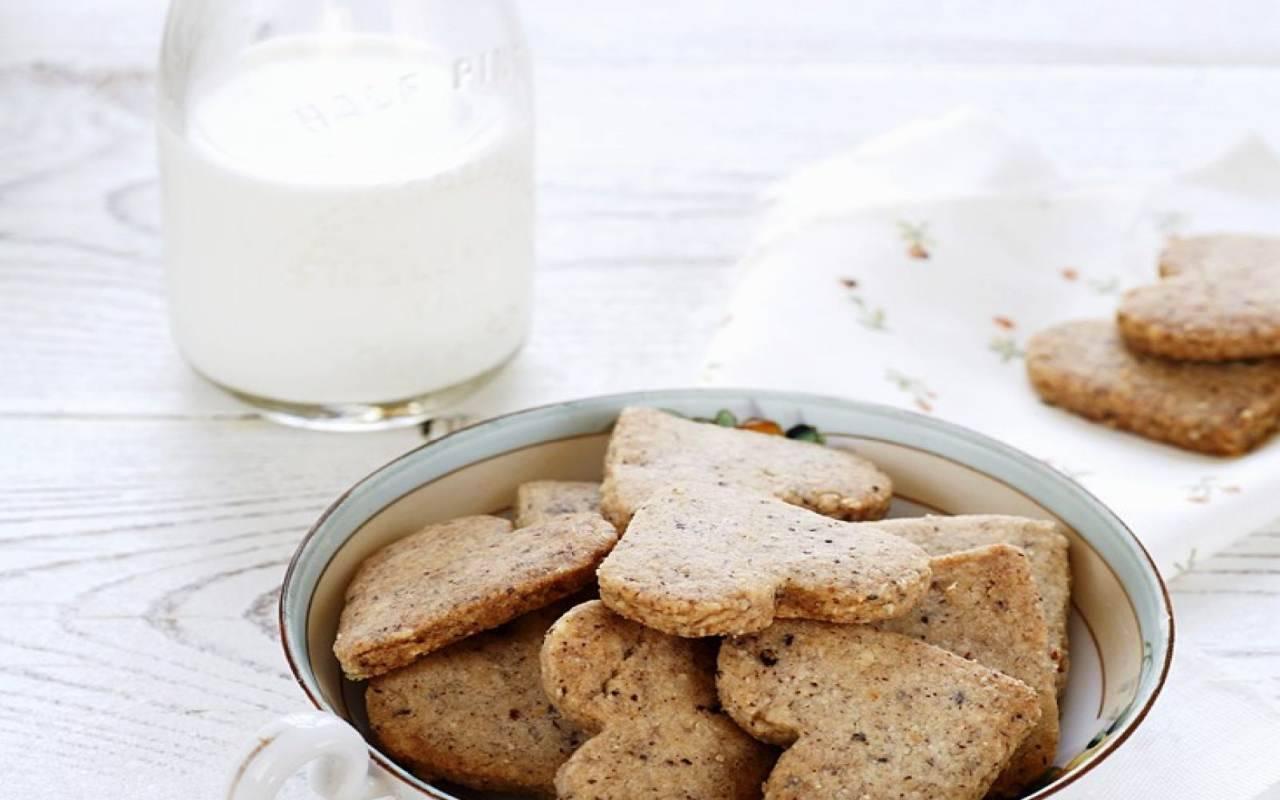 biscotti noci ricetta FOTO ricettasprint