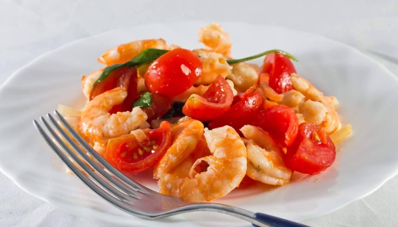 Gamberi aromatici con pomodorini ricetta