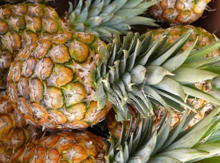 Ghiaccioli di ananas alla gratella ricetta