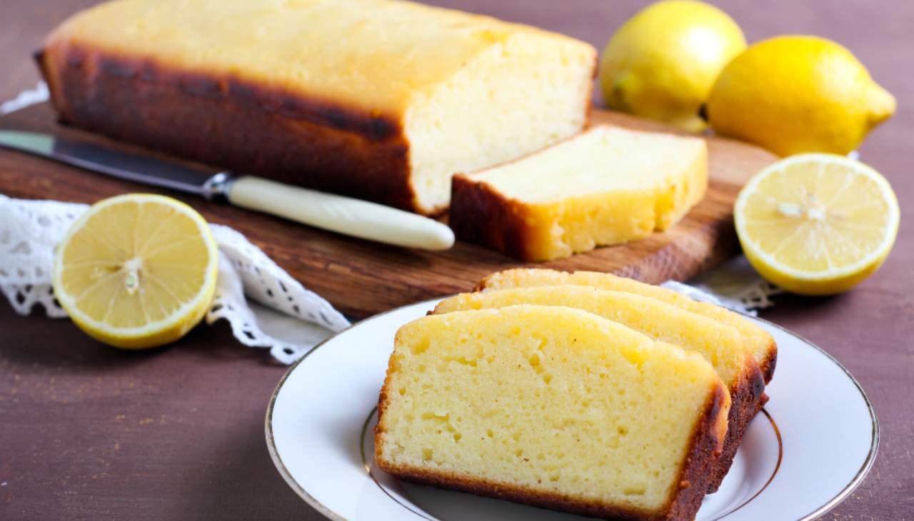 Lemon cake allo yogurt ricetta