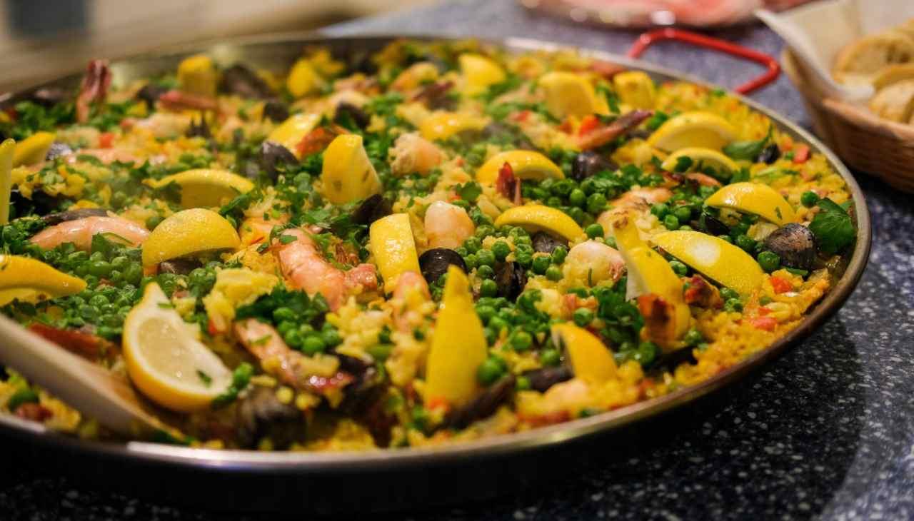 Paella di pesce e verdure ricetta