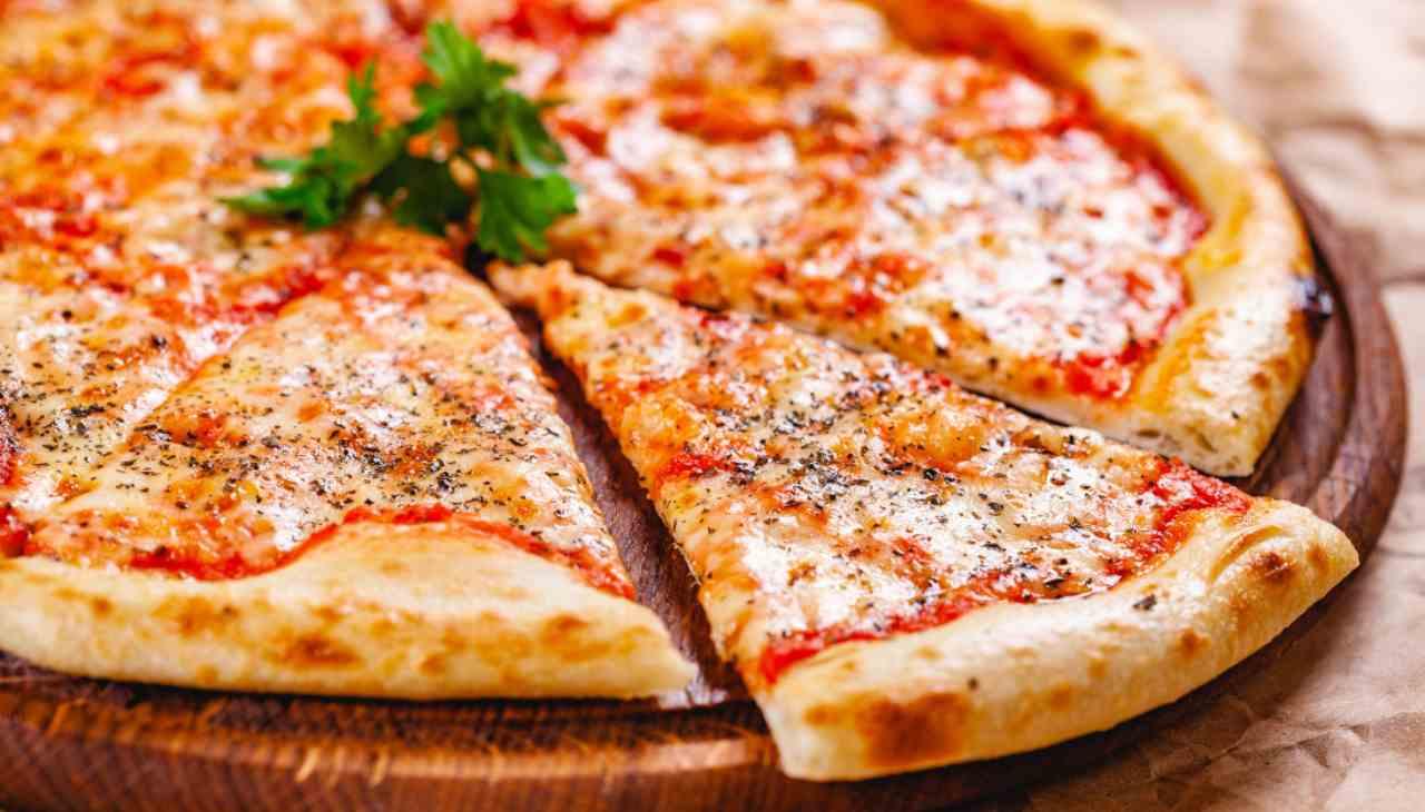 Pizza Margherita leggera ricetta