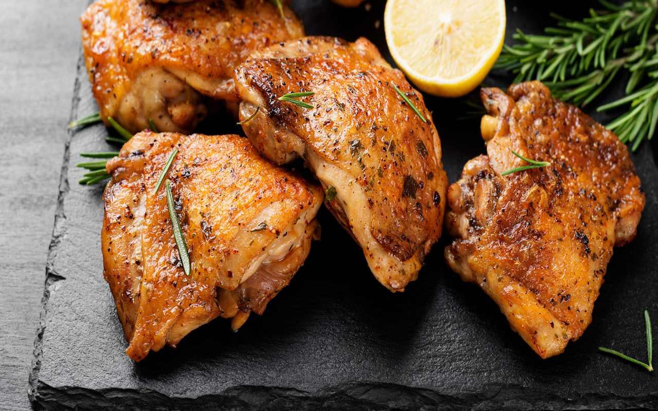 pollo arrosto friggitrice ricetta FOTO ricettasprint