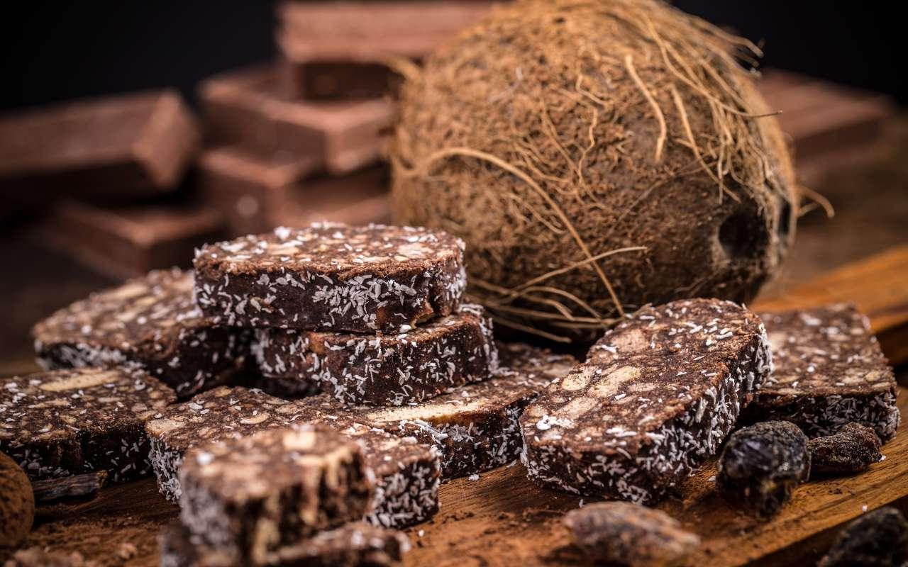 salame cioccolato cocco ricetta FOTO ricettasprint