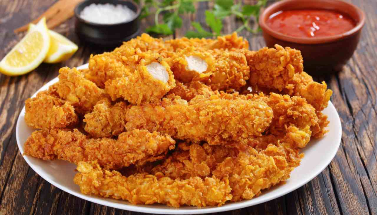 Straccetti di pollo in crosta di patate ricetta
