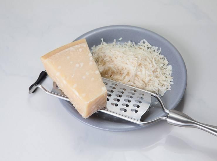 Taralli salati al parmigiano FOTO ricettasprint