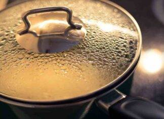 Cuocere a vapore senza vaporiera