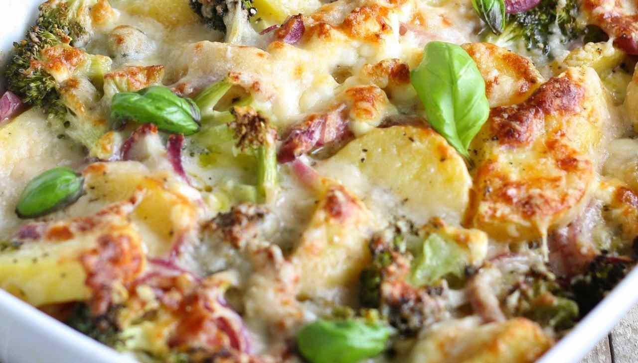 Broccoli e patate gratinati al forno ricetta