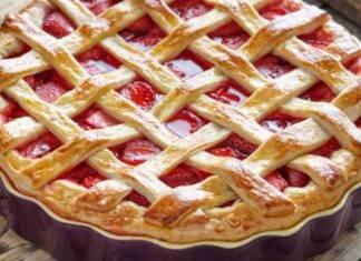 Crostata speziata con confettura di fragole ricetta
