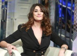 Elisa Isoardi naufraga Isola dei Famosi - RicettaSprint
