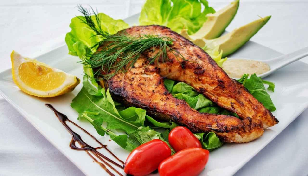 Filetto di salmone alla griglia ricetta
