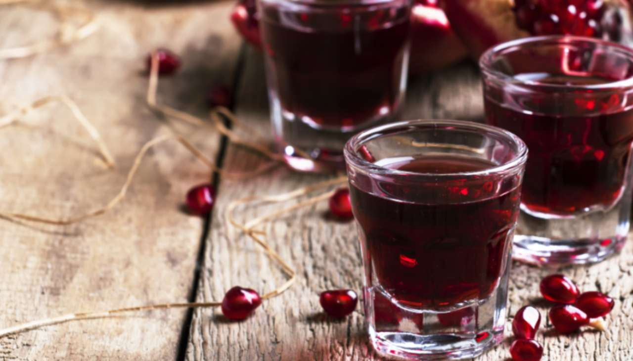 Liquore alla melagrana ricetta