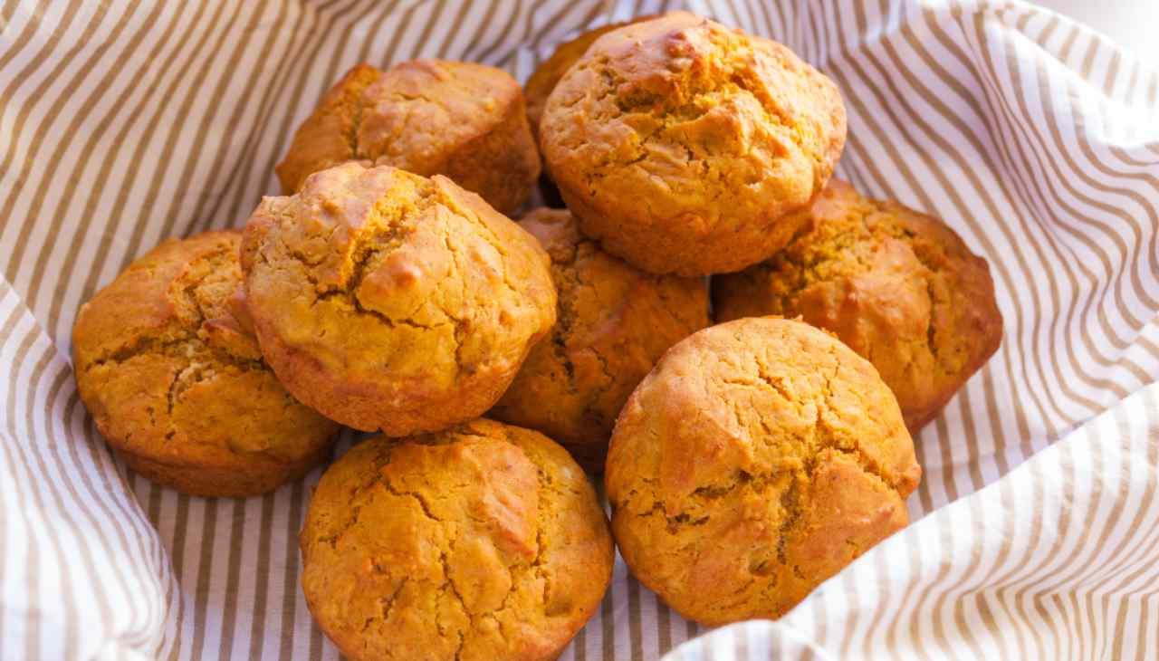 Tortini integrali con verdure e tonno ricetta