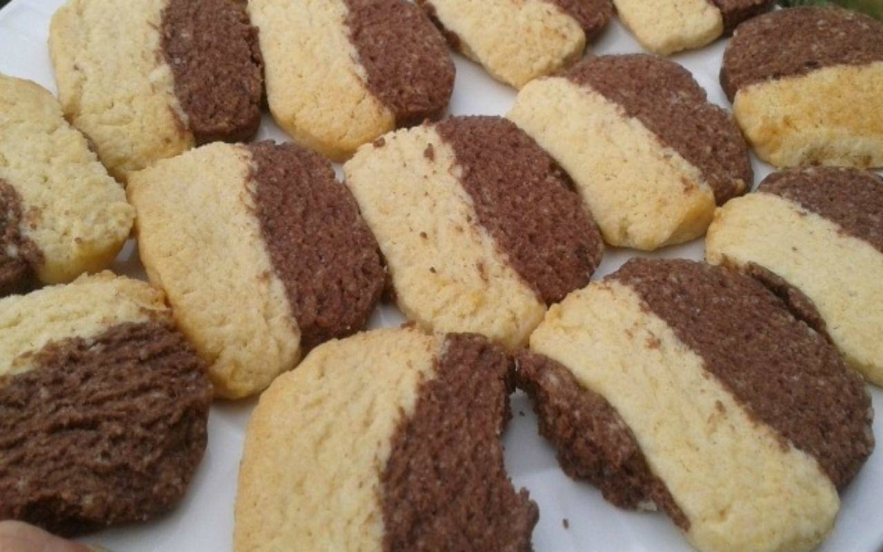 parigini bicolore biscotti ricetta FOTO ricettasprint