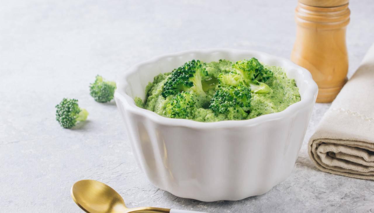 Pesto ai broccoli ricetta