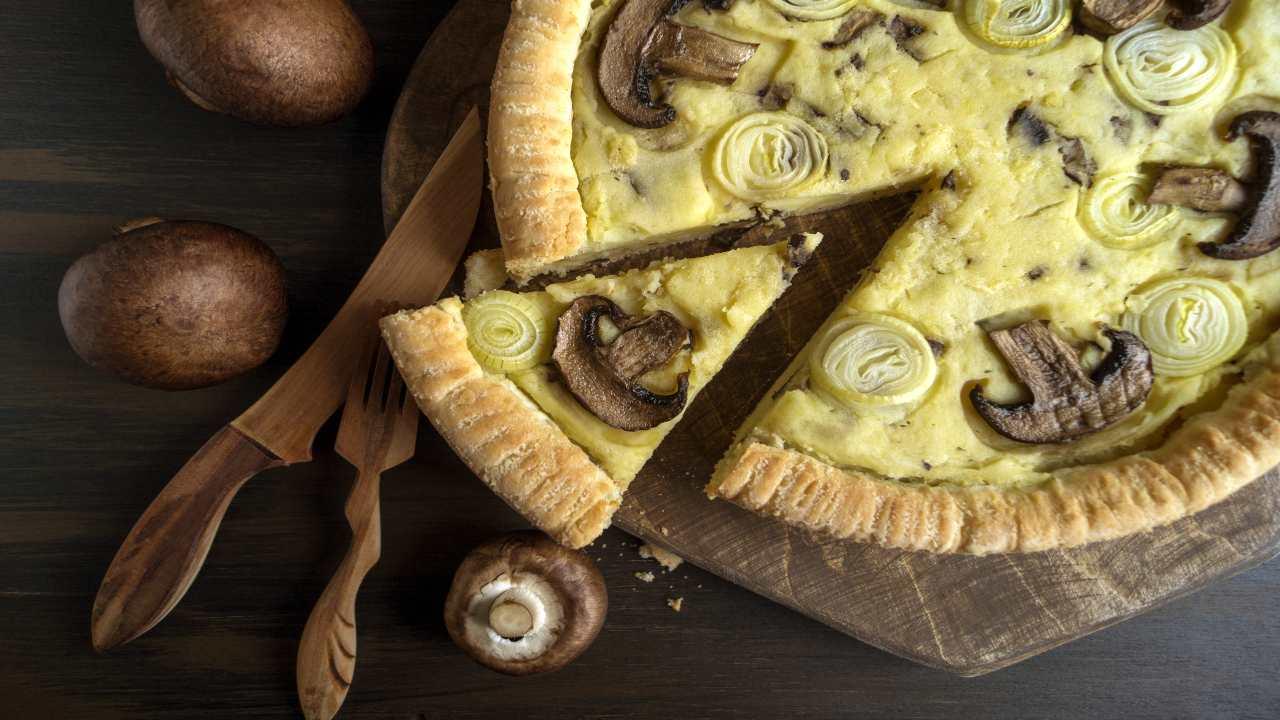 Torta  con funghi e patate