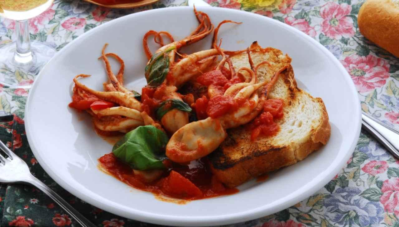 Polipetti al pomodoro ricetta