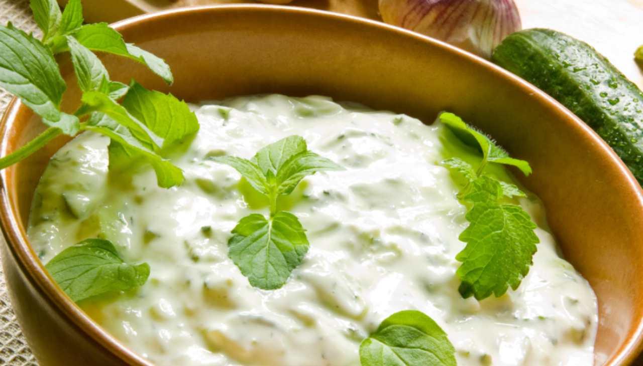 Salsa indiana alla menta ricetta