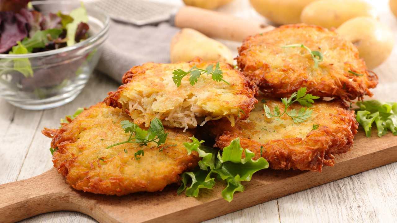 Pizzette di patate e cipolle