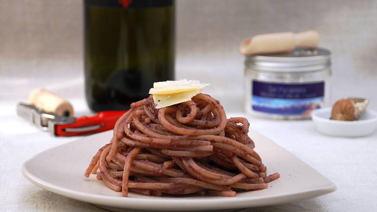 Pasta al vino rosso