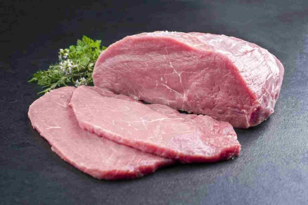 Straccetti di vitello olive e capperi FOTO ricettasprint