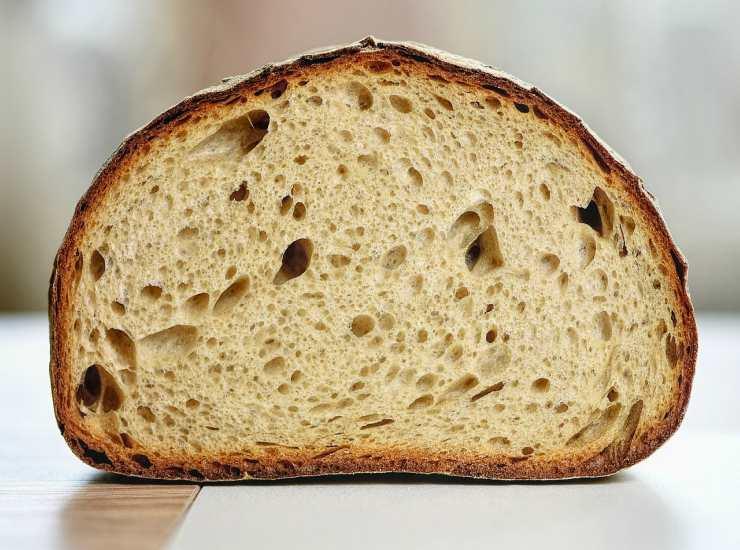 Torta con fichi e pane FOTO ricettasprint