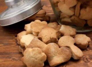 Biscotti in padella senza burro e senza uova ricetta