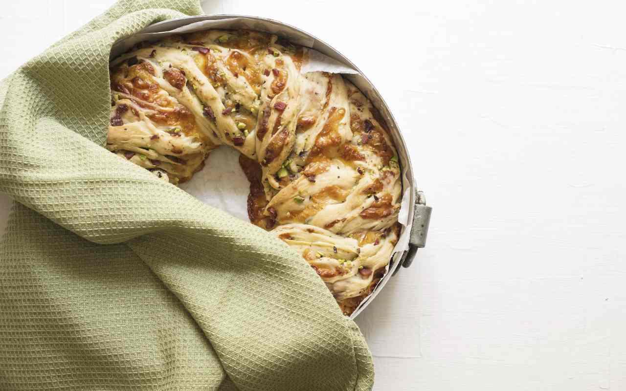 ciambella pomodorini tonno ricetta FOTO ricettasprint