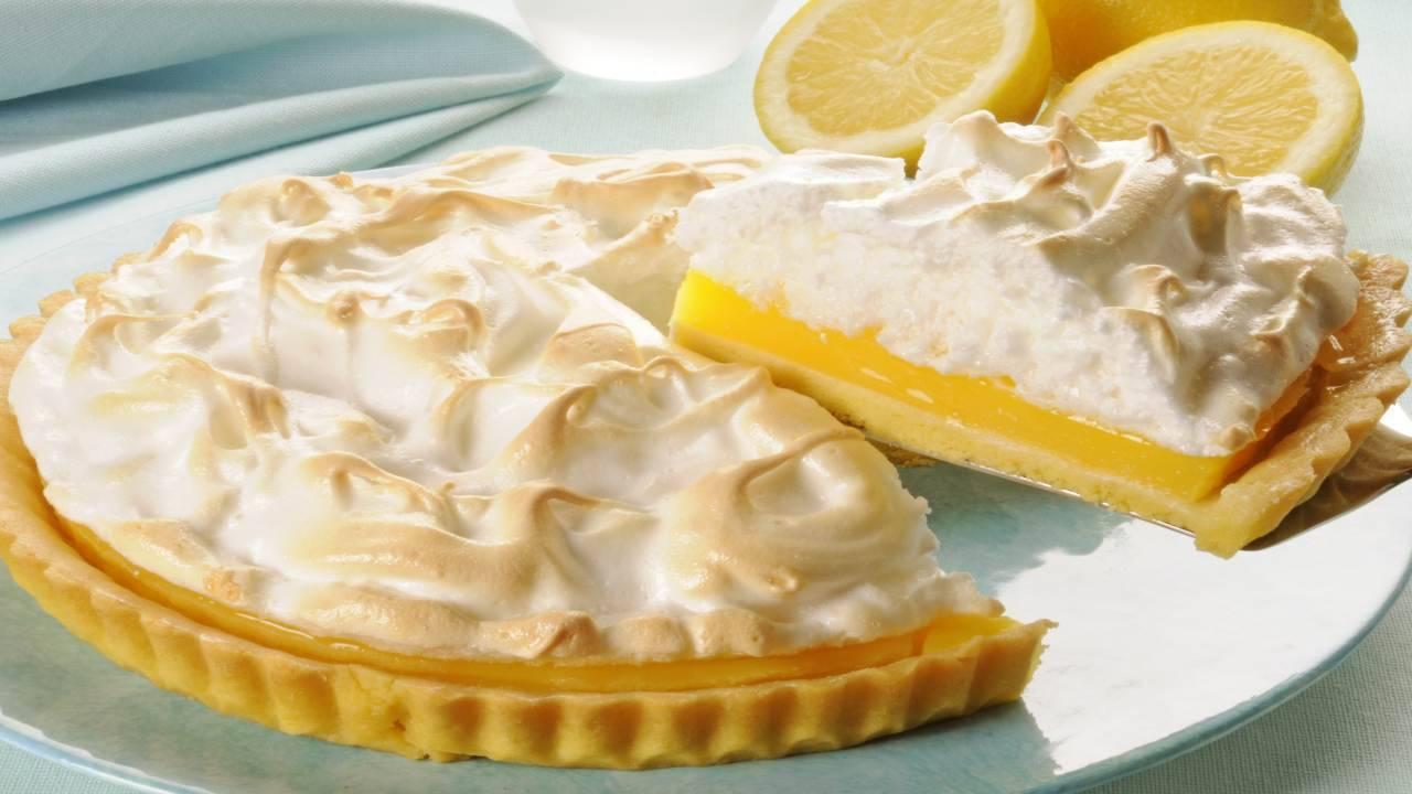 Crostata al limone con meringhe