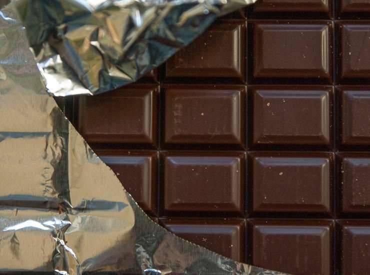 Glassa al cioccolato fondente ricetta