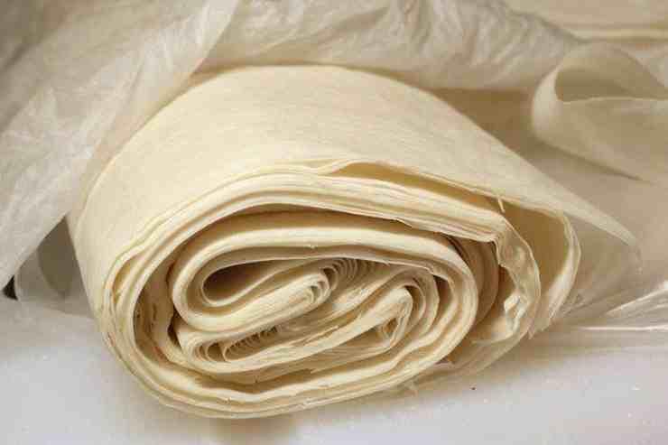 Involtini di pasta fillo alle mele FOTO ricettasprint