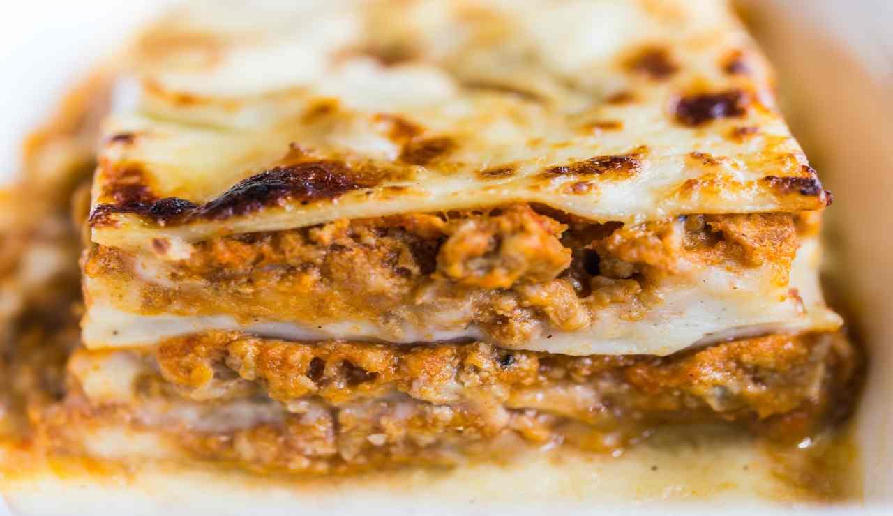 Lasagna di zucca carne macinata e mozzarella