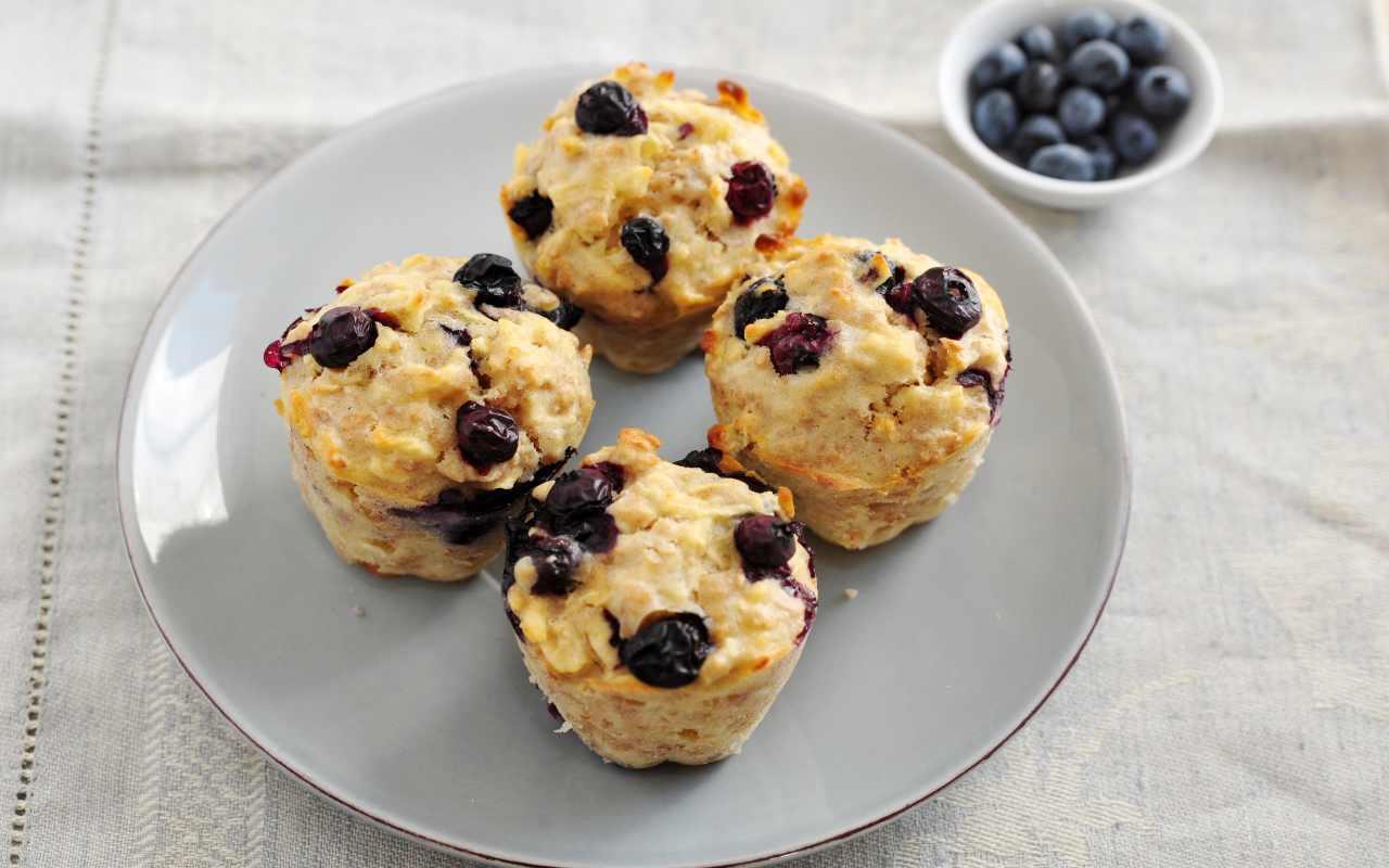 muffin integrali mirtilli ricetta FOTO ricettasprint