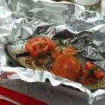 Pesce al forno in carta stagnola