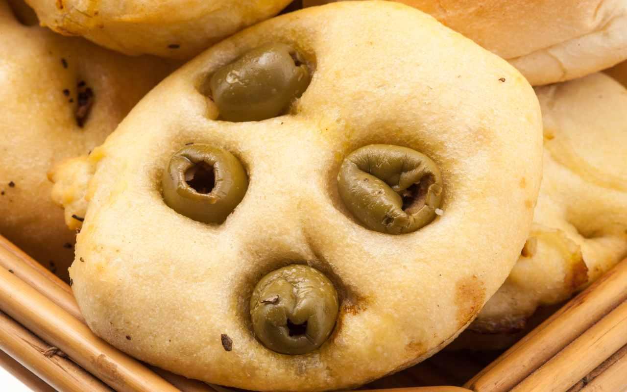 panini olive ricetta FOTO ricettasprint