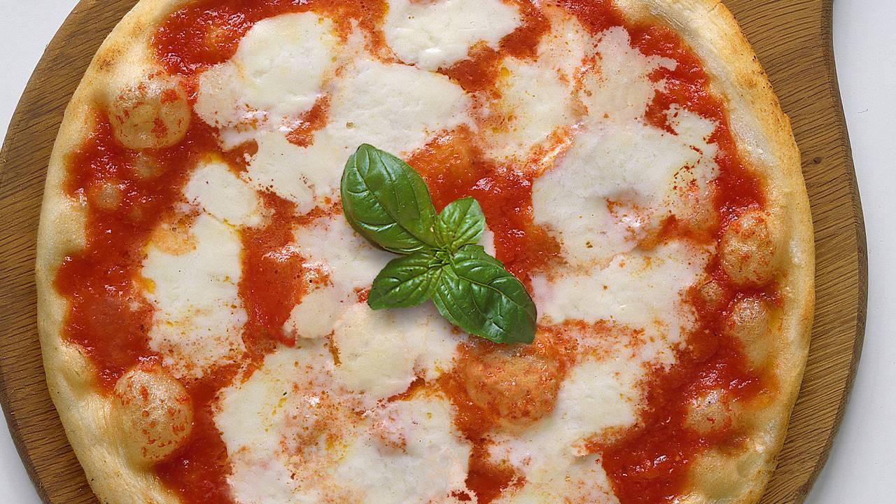 Pizza Margherita senza lievito di birra