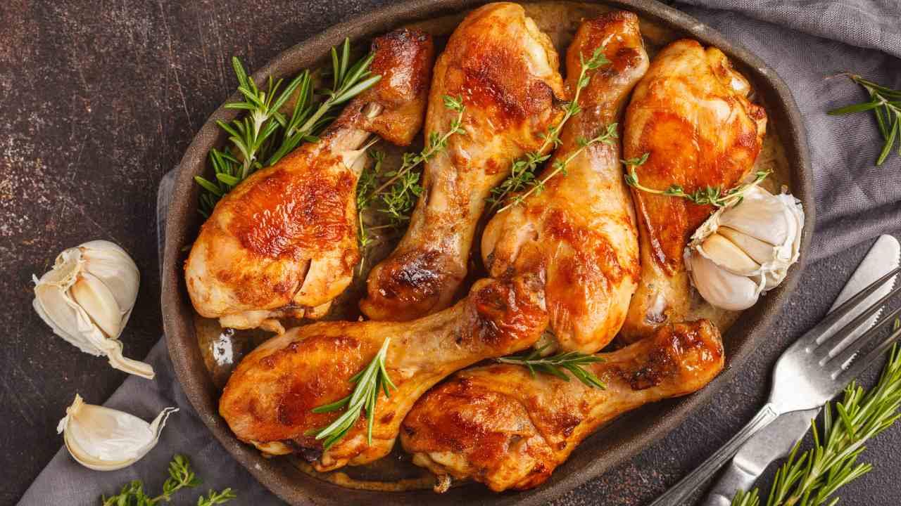 Pollo al forno con rosmarino