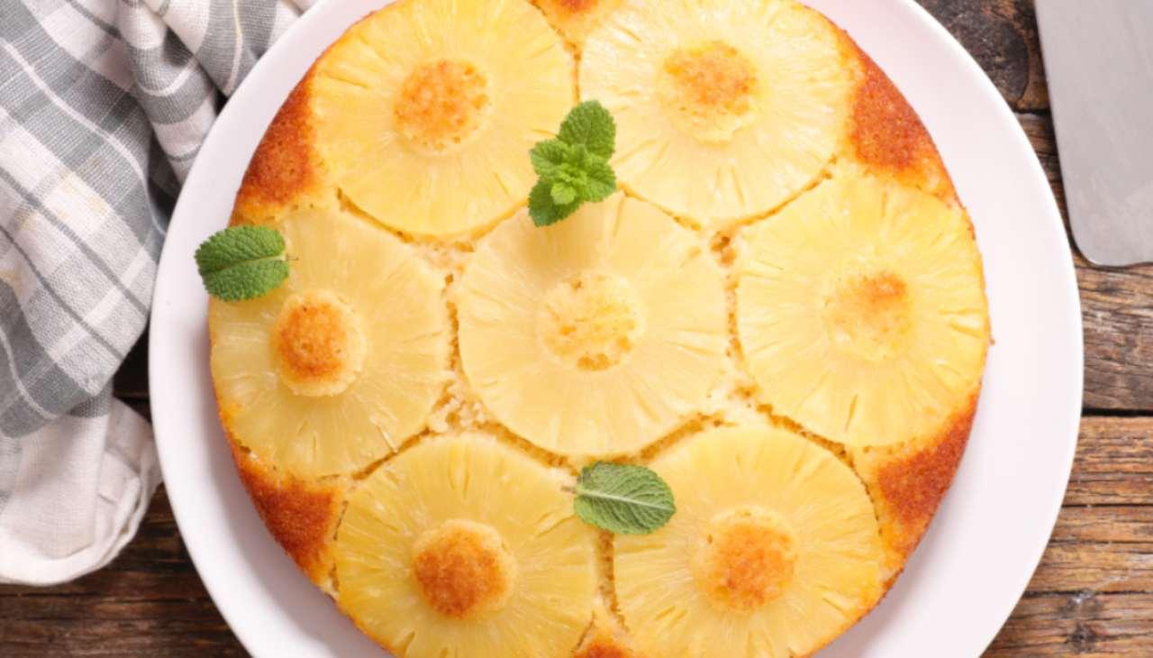 Torta cremosa all'ananas ricetta