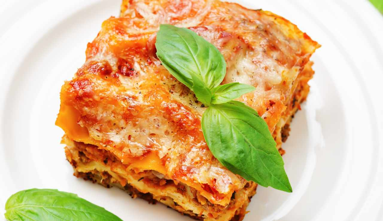 lasagna napoletana di antonino cannavacciuolo ricettasprint