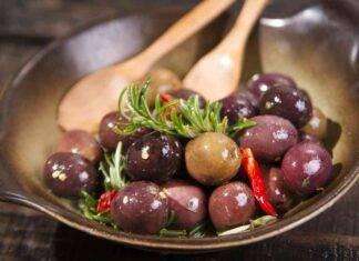 olive in salamoia saporite ricetta della nonna ricettasprint