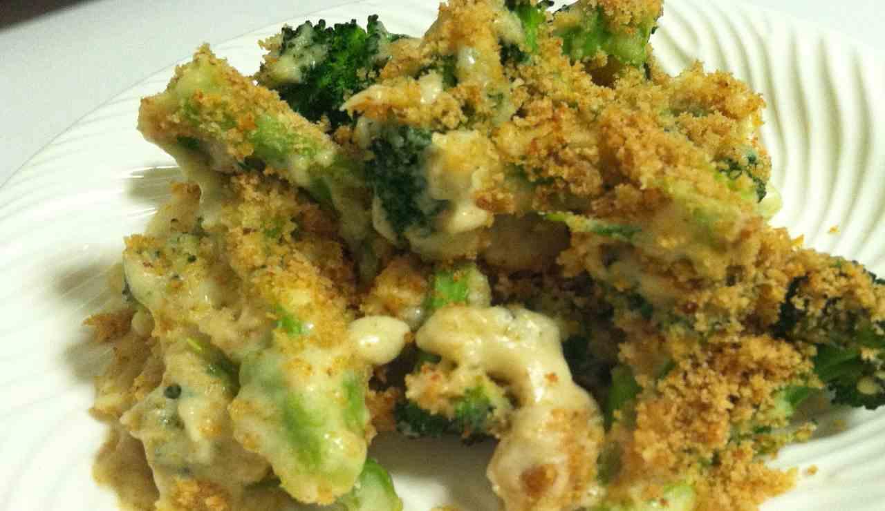 Broccoli gratinati filanti