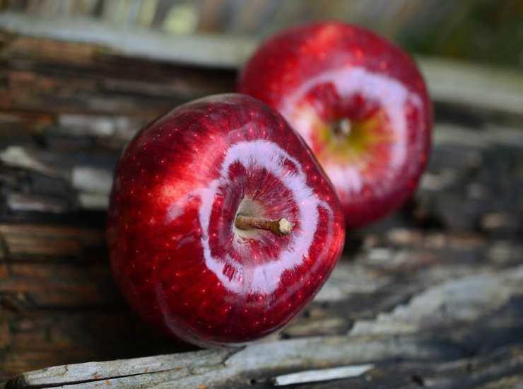 Chips di mele al microonde FOTO ricettasprint