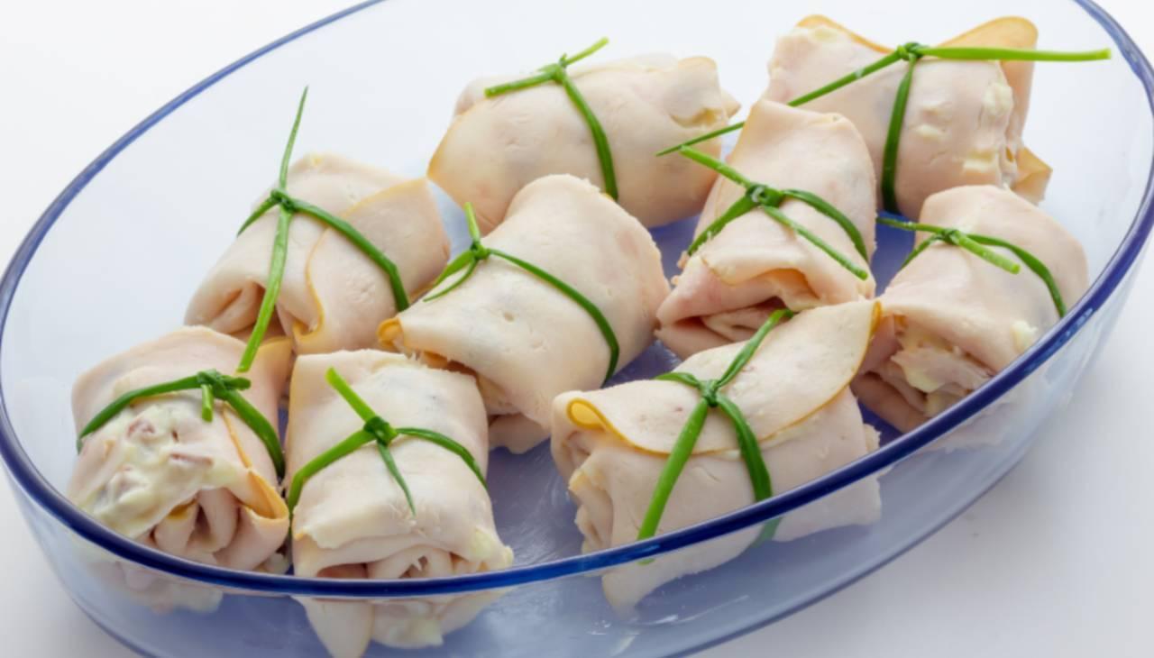 Stuzzichini di affettato ripieni con riso e verdure