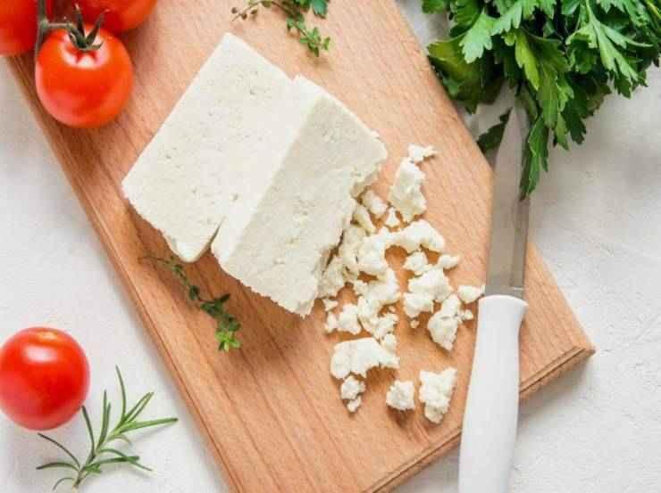Pasta con broccoli e formaggio