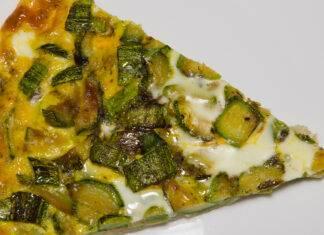 Pizza uova e zucchine