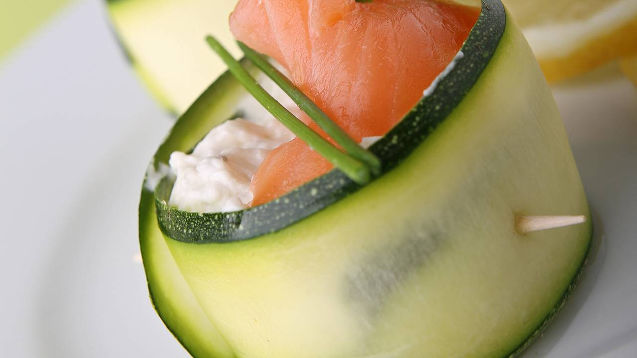 zucchine farcite con salmone e formaggio